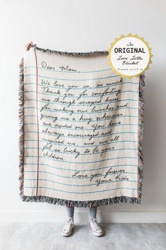 Create a love letter blanket