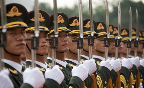 Why Are Chinese Troops Assembling On Myanmar Border? – Analysis