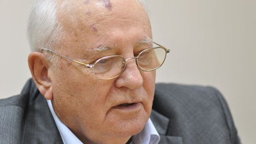 Gorbachev Says Karabakh Conflict Didn't And Doesn't Have Simple Solution