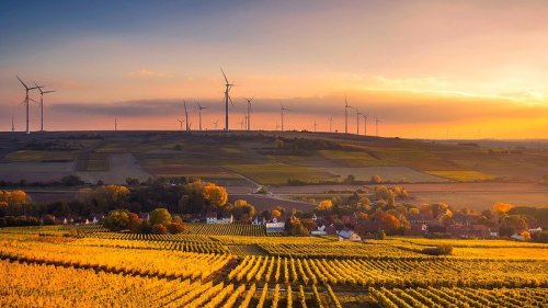 Expansion Of Wind And Solar Power Too Slow To Stop Climate Change