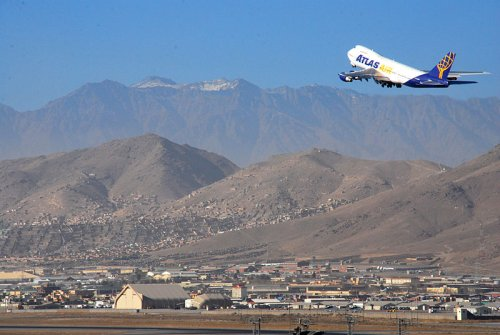 Taliban Urge Foreign Airlines o Resume Commercial Flights To Kabul
