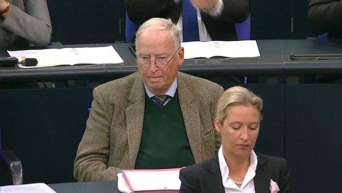 Aufschrei der AfD im Bundestag: Alterspräsident Schäuble (79) statt Gauland (80)