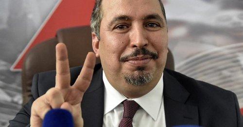 Algérie : le FLN savoure sa victoire aux législatives   Africanews