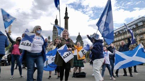 Scozia: Sturgeon si conferma, ma per l'indipendentismo manca la maggioranza assoluta