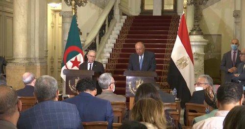 Rencontre entre les ministres des affaires étrangères algérien et égyptien | Africanews