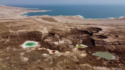 Sinkholes emerge with the 'unstoppable' receding of the Dead Sea