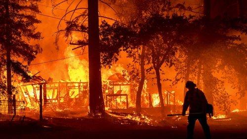 Dixie Fire: Monster-Waldbrand in Kalifornien erzeugt eigene Gewitter
