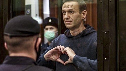 """Alexeï Navalny, classé comme """"terroriste"""" et """"extrémiste"""" dans sa prison"""