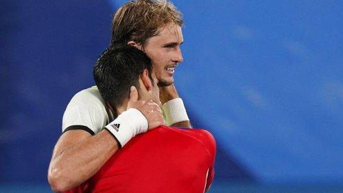 Tränen in Tokio: Alexander Zverev (24) besiegt Novak Djokovic und steht im Finale