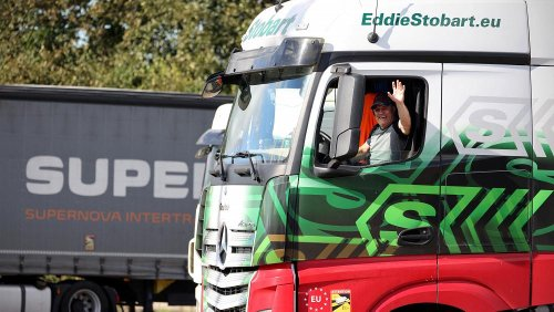 UK lorry driver shortage: Hauliers slam new move to attract foreign workers as 'worst option'