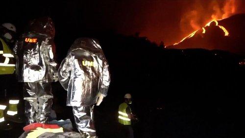 Arbeiten bei großer Hitze: Militär misst Temperatur der Lava am Vulkan auf La Palma