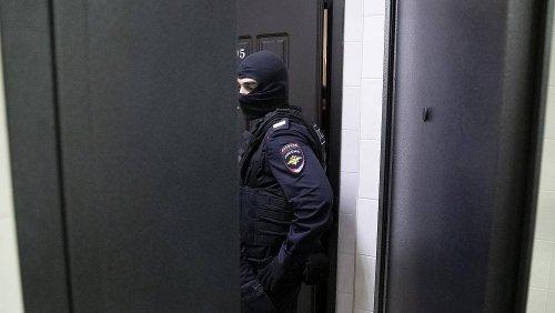 """Russland: Polizei-Razzia bei Chefredakteur von Nachrichtenportal """"The Insider"""""""
