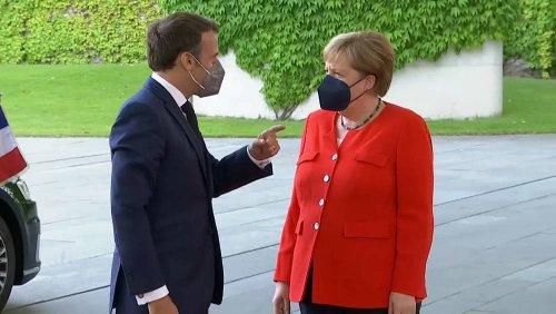 """Merkel e Macron: """"Con Ankara si deve dialogare"""""""