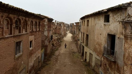 Spain discovers two mass graves of Civil War victims in Belchite