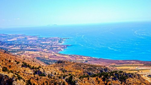 Crete earthquake: Should I cancel my travel plans and will I be refunded?
