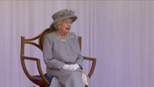 Queen feiert Geburtstagsparade auf Schloss Windsor