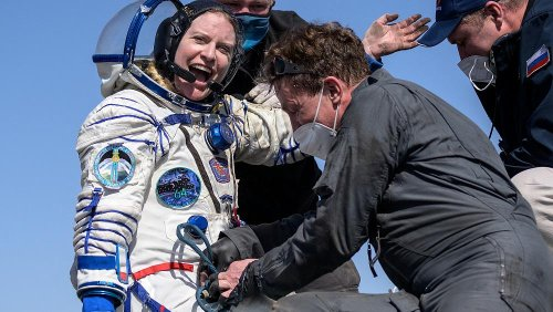 Astronauts return from ISS, land on Kazakh steppe