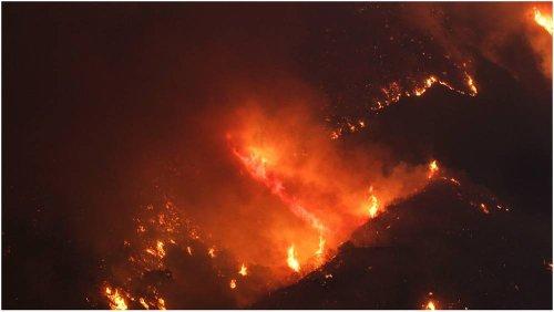 Californie : les flammes du Dixit Fire engloutissent une petite ville