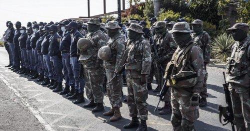 L'Afrique du Sud envoie près de 1 500 militaires au Mozambique   Africanews