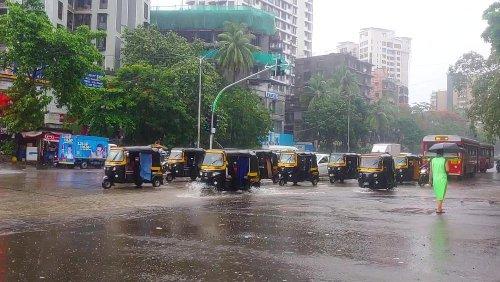 Chuvas fortes param cidade de Mumbai