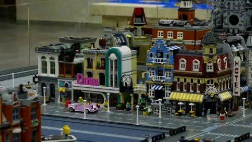Ein Lebenswerk aus Lego-Steinen