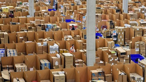 Amazon customers want to be able to recycle packaging. So why isn't the tech giant doing more?