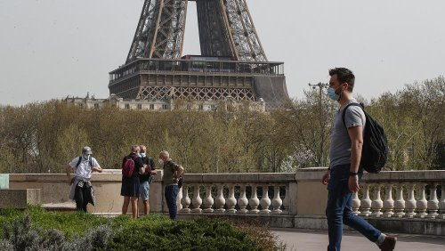 France working on 'special pass' to allow vaccinated Americans to visit this summer