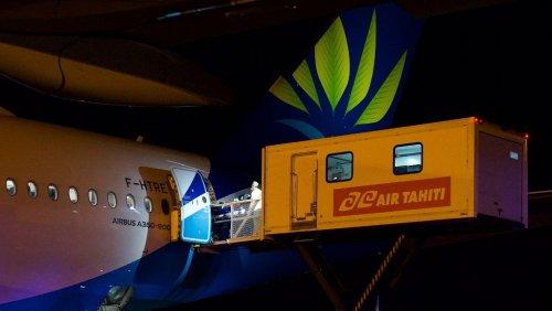 Covid-19 : transfert exceptionnel de huit patients en réanimation de Tahiti vers Paris