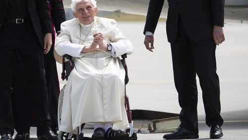 """Papst Benedikt (94) hofft """"bald"""" auf das Jenseits"""