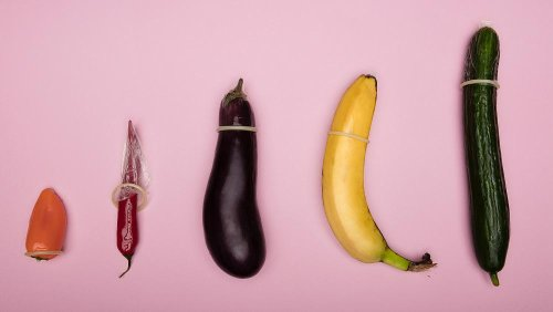Environmental scientist warns that pollution is causing penises to shrink
