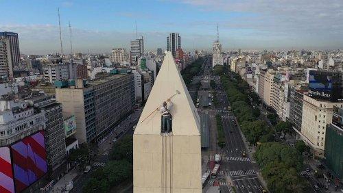 Buenos Aires renovates iconic obelisk