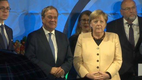 Merkel: Abschied mit Pfiffen und Lob von Laschet