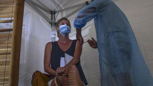 Le couperet est tombé en France pour les employés de la santé non vaccinés