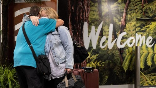 Kiwi-Aussie travel bubble: Emotional scenes as travellers land in Queenstown