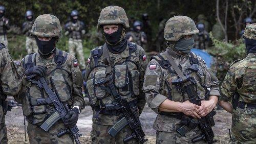 Migranten an Belarus-Grenze: Polen erhöht Zahl der Soldaten auf 10.000