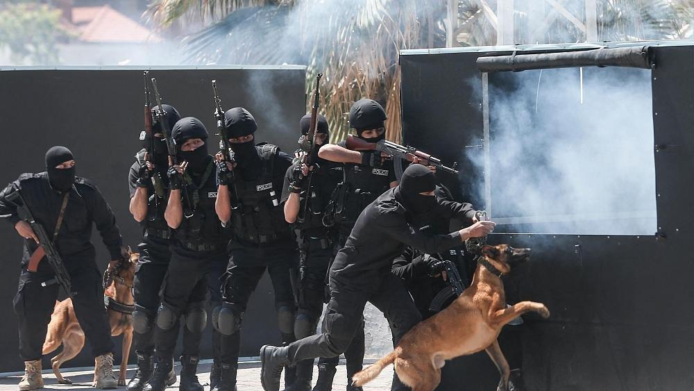 غارات إسرائيلية جديدة على غزة تُـدمر المراكز الرئيسية لشرطة حركة حماس