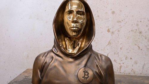 Hungary's Bitcoin fans unveil faceless statue of mysterious crypto founder Satoshi Nakamoto