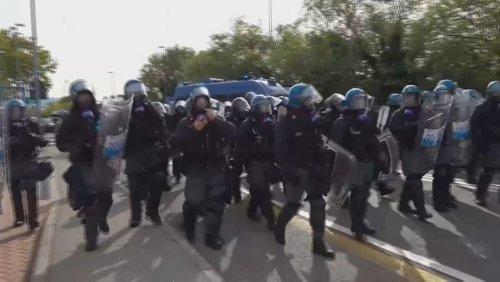 Italie : accrochages entre police et anti-pass à Trieste