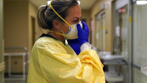 """New Yorker Krankenhaus """"pausiert"""" Geburten wegen Covid-Regeln"""