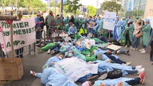 Enfermeiros protestam em França