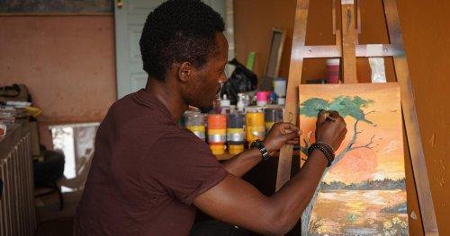 Ouganda : lutter contre le changement climatique par l'art   Africanews