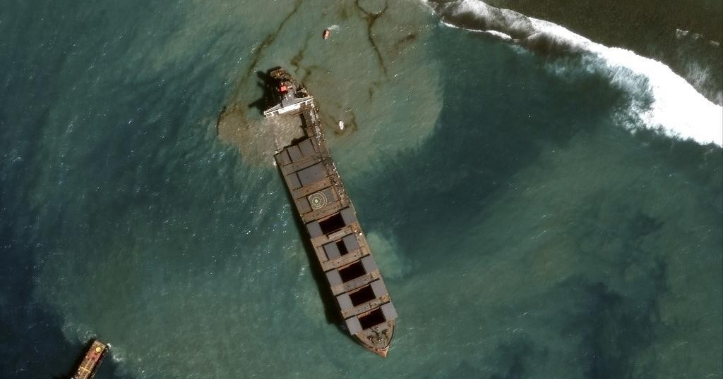 Mauritius Oil Spill - cover
