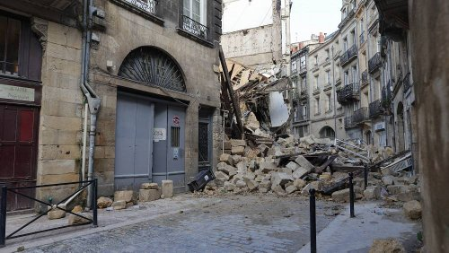 Two buildings collapse in Bordeaux, injuring three