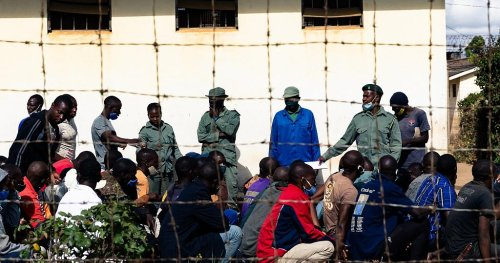 Zimbabwe prisoners released amid overcrowding during Covid-19 pandemic | Africanews
