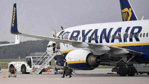 Ryanair regista prejuízo de 815 ME