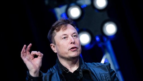 Tesla posts €1.1 billion profit without relying on emissions credits, but Semi truck delayed