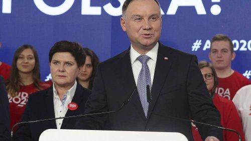 Poland's all-postal presidential vote 'dangerously undermines' democracy, warns HRW
