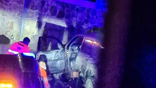 Dos guardias civiles heridos en una persecución en Tesorillo a un vehículo robado que circulaba sin luces