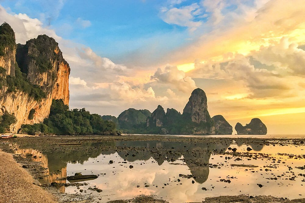 The Perfect Thailand 10 Day Itinerary - An Epic Guide - Brogan Abroad