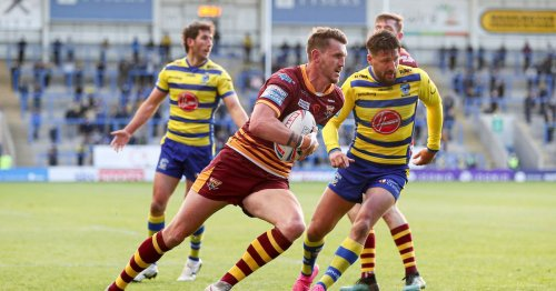 Huddersfield Giants brace for Lee Gaskell exit as rival club closes in